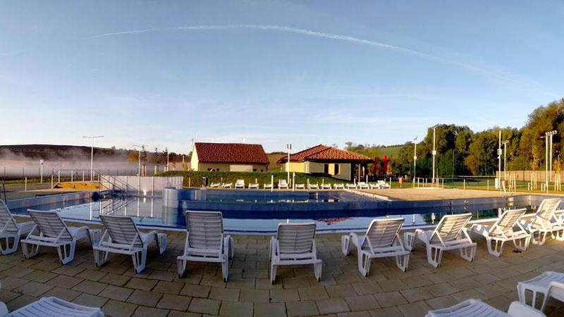resort-rybnicek-venkovni-bazen-02